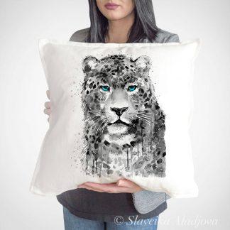 Възглавница с леопард