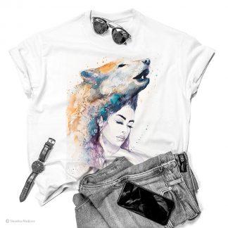 Тениска с жена с вълк
