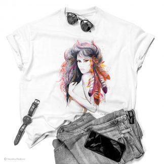 Тениска с жена с пера