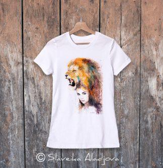 Дамска тениска жена с лъв