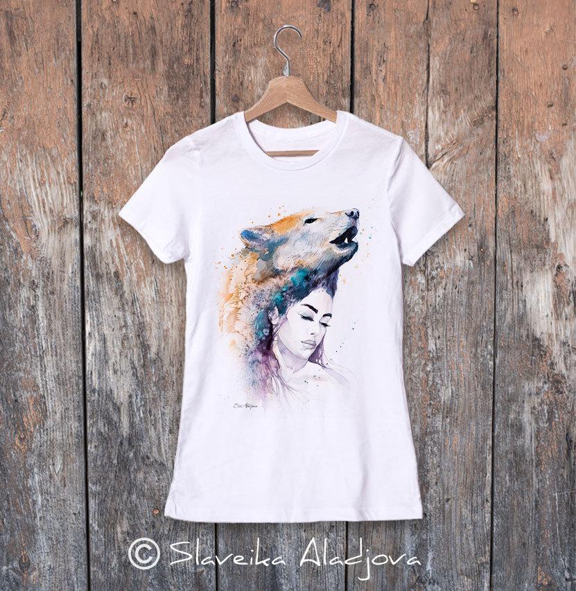дамска тениска жена с вълк