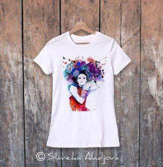 дамска тениска жена с цветни коси