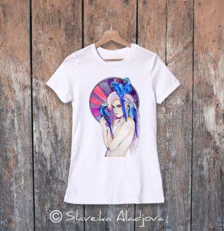 дамска тениска жена с папагали