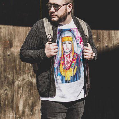 Унисекс тениска - Шопска мома фолклорен мотив