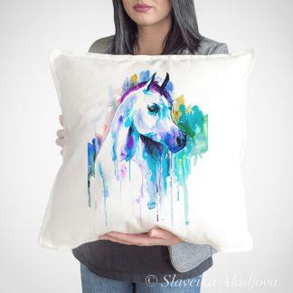 декоративна възглавница с арабски кон