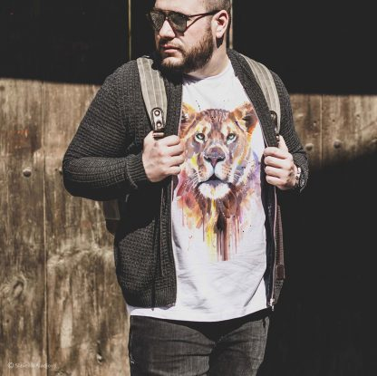 Тениска с щампа лъв