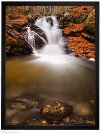 есенен водопад пейзажна фотография